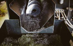 schneckenfoerderer-muellverbrennung-lastwächter-tele-haase